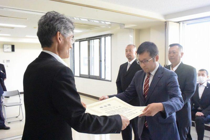 北海道開発局優良工事表彰(部長表彰)を受賞しました。